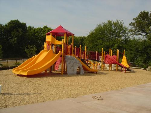 Louisville Zoo Structure (3)